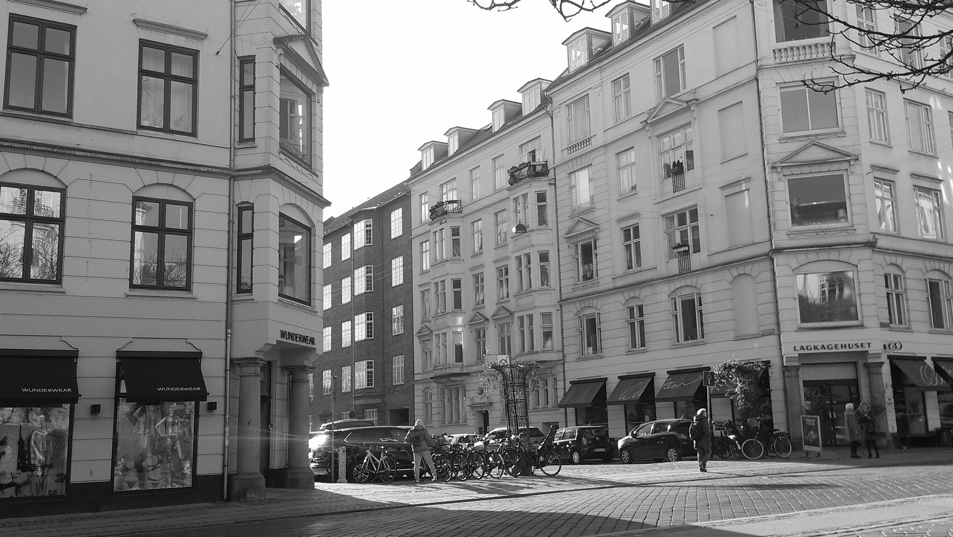 Ndr. Frihavnsgade, Østerbro, Copenhagen - A slightly semi-cold Wednesday spring morning.